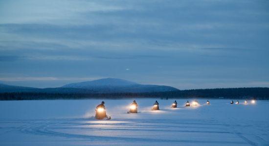 Snowmobile adventure (Antti Pietikainen)