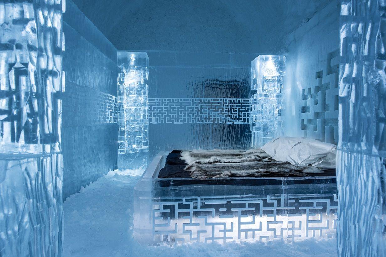 Deluxe Suite 365 Dont get Lost. Design Tommy Alatalo. Photo Asaf Kliger www.icehotel2
