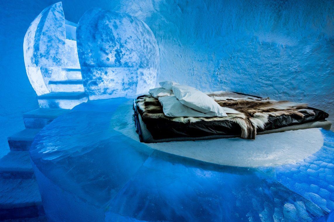 Deluxe Suite 365 Wishful Thinking. Design Marjolein Vonk Maurizio Perron. Photo Asaf Kliger www.icehotel2