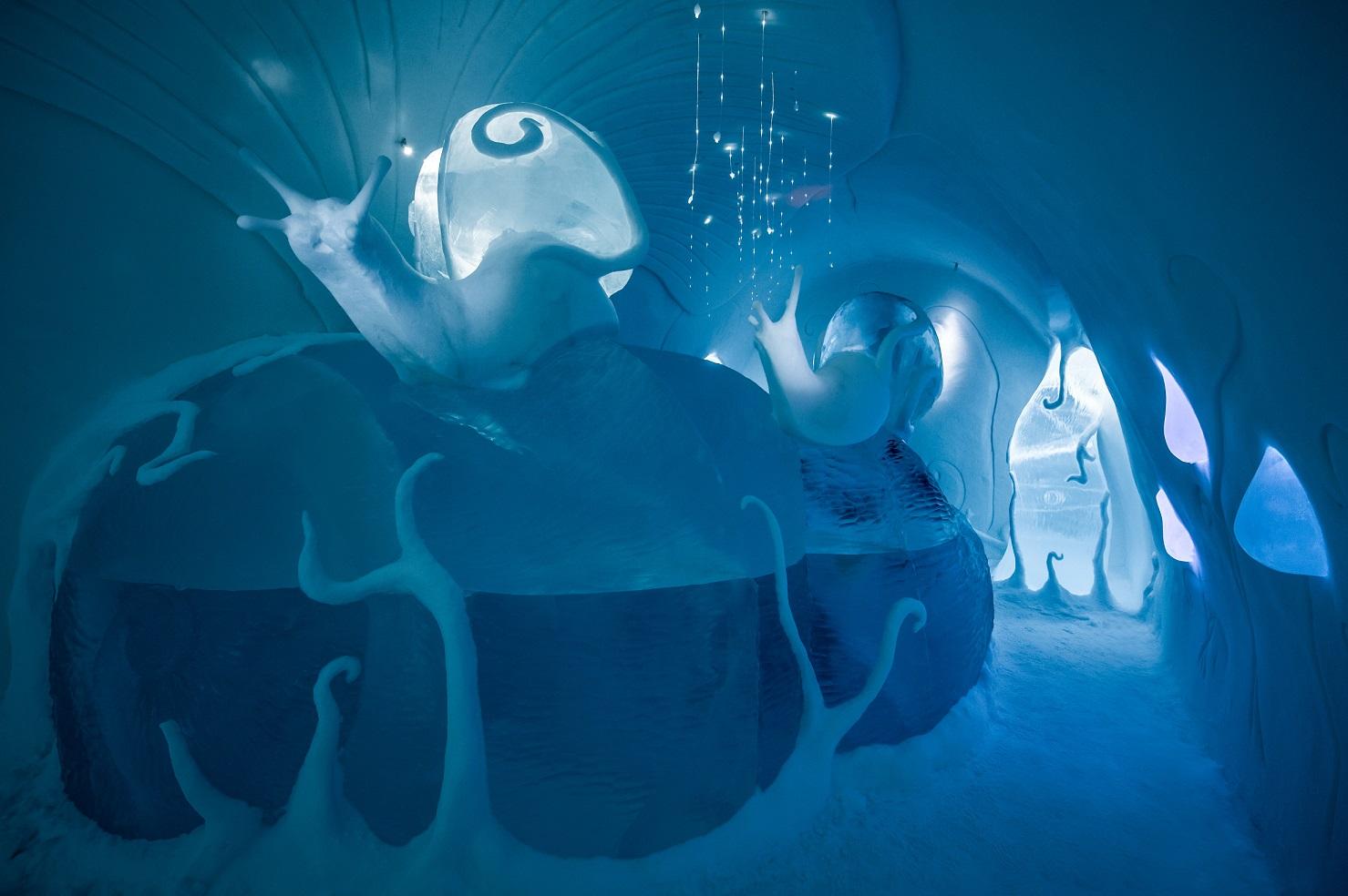 medium art suite ground rules icehotel 28 Design Carl Wellander Ulrika Tallving. Photo Asaf Kliger. 2