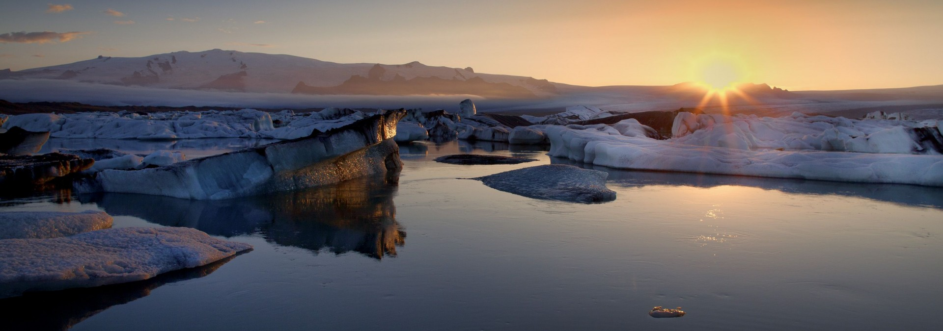 Sunset, South Shore, Iceland, Credit Iceland Pro Travel